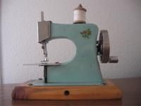 Maquinita_de_coser_1